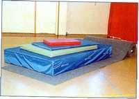 Tornatermi szőnyeg ponyvában
