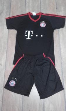 Bayern München Neuer mezgarnitúra 2017/18