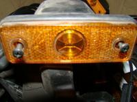 Oldal hosszúság jelző lámpa sárga beépítős
