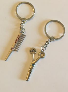 Kulcstartó fésű és olló együtt - HAJMÁNIA Fodrászcik Web áruház ... 4e4ec9d318