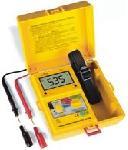 Szigetelésvizsgáló 250/500/1000 V,   P 2670