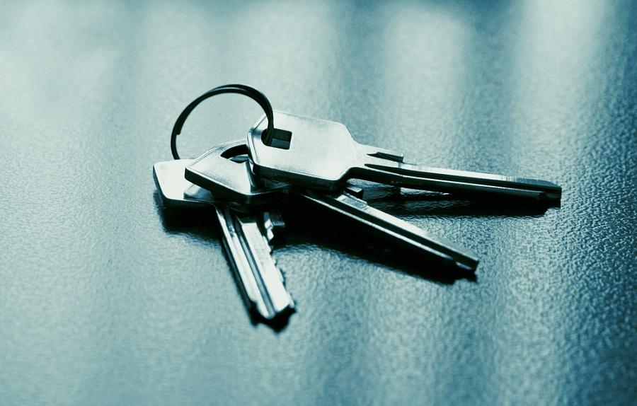 Megbízható hely a kulcsok számára? Használjon kulcstárolót!