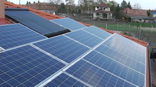 50 kW-os napelem rendszer kompletten Sharp napelemmel