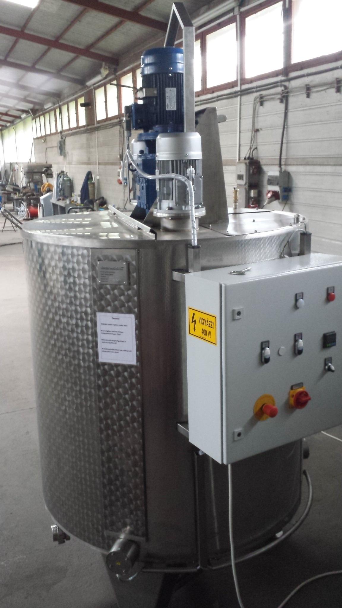 Keverő tartály hűthető - fűthető - hőszigetelt