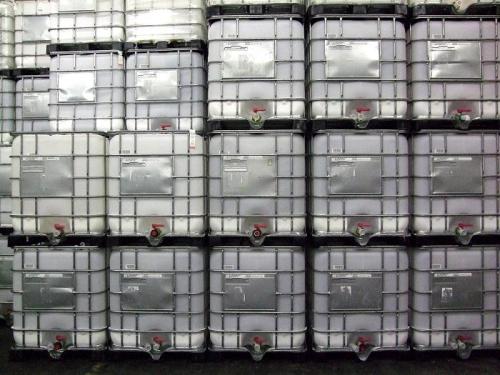 2.1. <> Felújított, IBC, ADR / UN, 1000 L-es tartály / konténer
