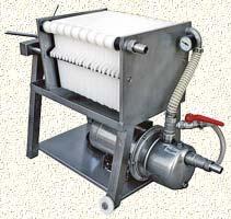 2. <> 21 lapos Inox 20x20 - as borszűrő - pálinkaszűrő borszivattyúval, ~ 1210 L/h teljesítmény