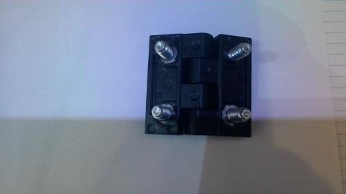 TT051 zsanér bütykös 60 x 60 fekete