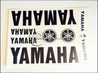 EGYÉB ROBOGÓ MATRICA KLT. YAMAHA /EZÜST/ 821151 -HUN