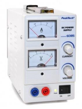 Labortápegység  DC 0-15 V, DC 0-2 A, 2 db analóg műszer P 6085