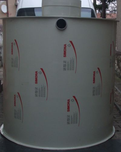 Műanyag tartály polipropilénből 3000 literes
