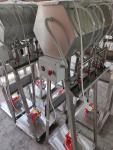 5.1. <> 4 fejes állványos palackozó gép szivattyúval, vezérléssel;