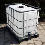 640  literes IBC tartály - áttetsző fehér - műanyag raklapon
