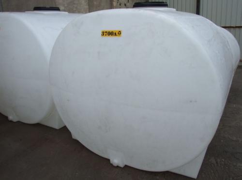 3.1. <> PEW-AT - 3,7 m3-es - fekvő henger - műanyag ivóvíz tároló tartály+tető