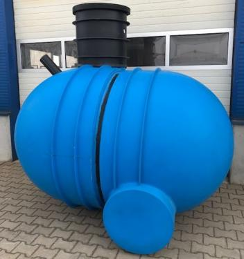 4.3. <> UNITANK - 4 m3 - 2D - fekvő hengeres erősített műanyag szennyvíz tartály, lépésálló tetővel