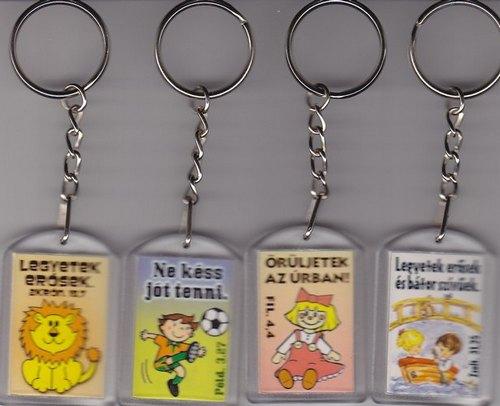 Kulcstartó mini gyerek