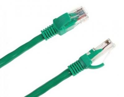 UTP kábel dugó-dugó 5 m