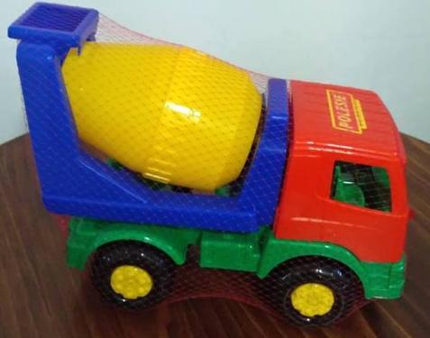 Bertonkeverő teherautó