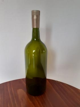 Borosüveg mosott Oliv 1,5 l zöld , csavaros műanyag kupakkal